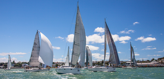 Start of 2014 SSANZ Two Handed Round North Island Race