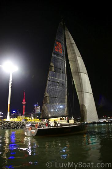 Finish of Leg 4 in Auckland